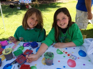 Paint fun at Farmer's Market raises money for