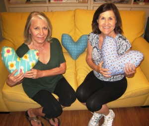 Cancer Support Community Benjamin Center members receive healing pillows